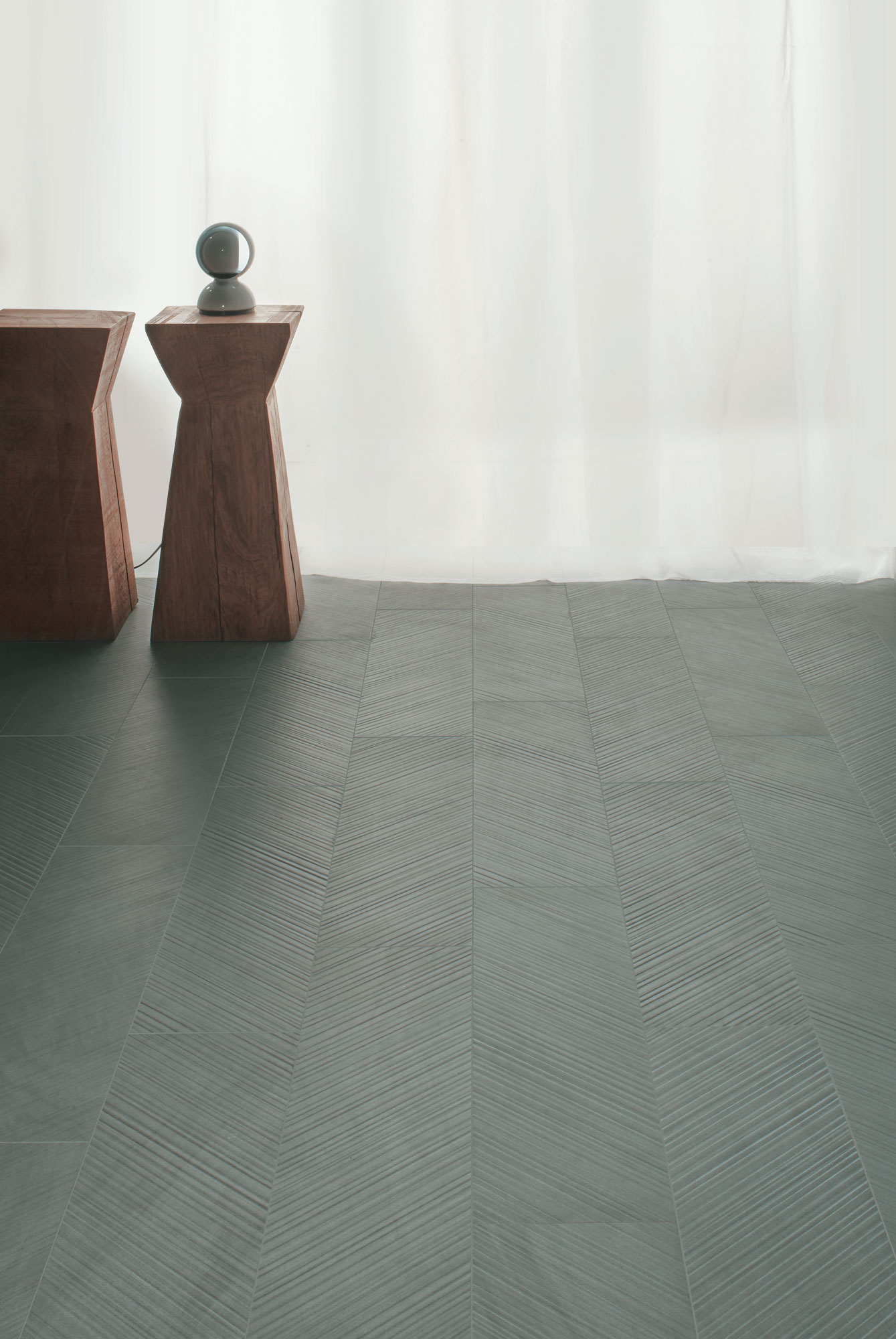 "Chevron Hipster Grey 20x80 8""x32"""