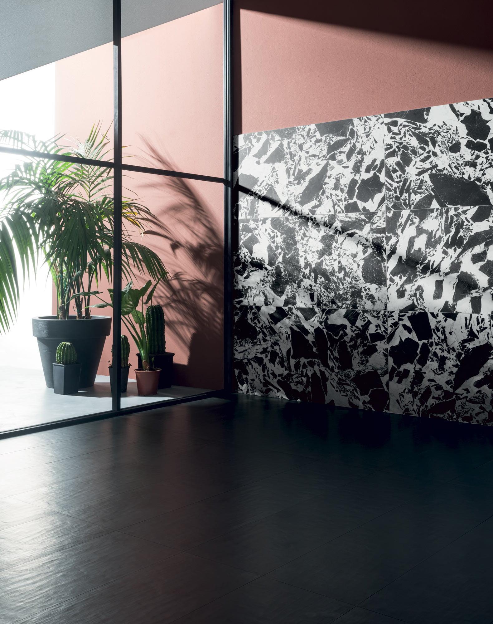 "Wall Supreme 60x120 24""x48"" - Floor Gessi Nero 30x120 12""x48"""