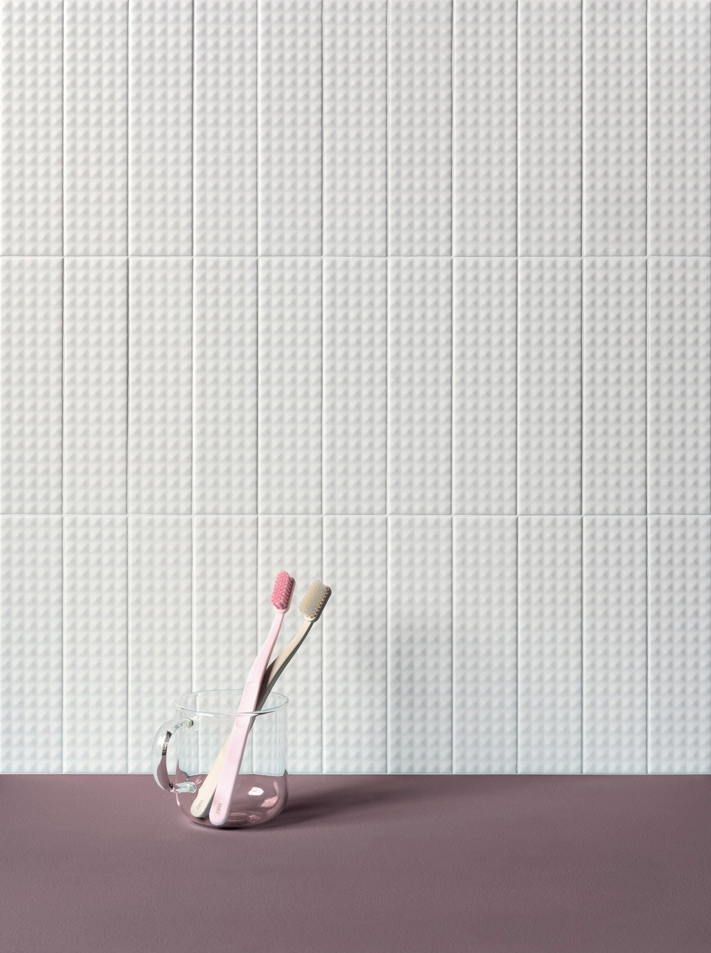 Biscuit Bianco Stud