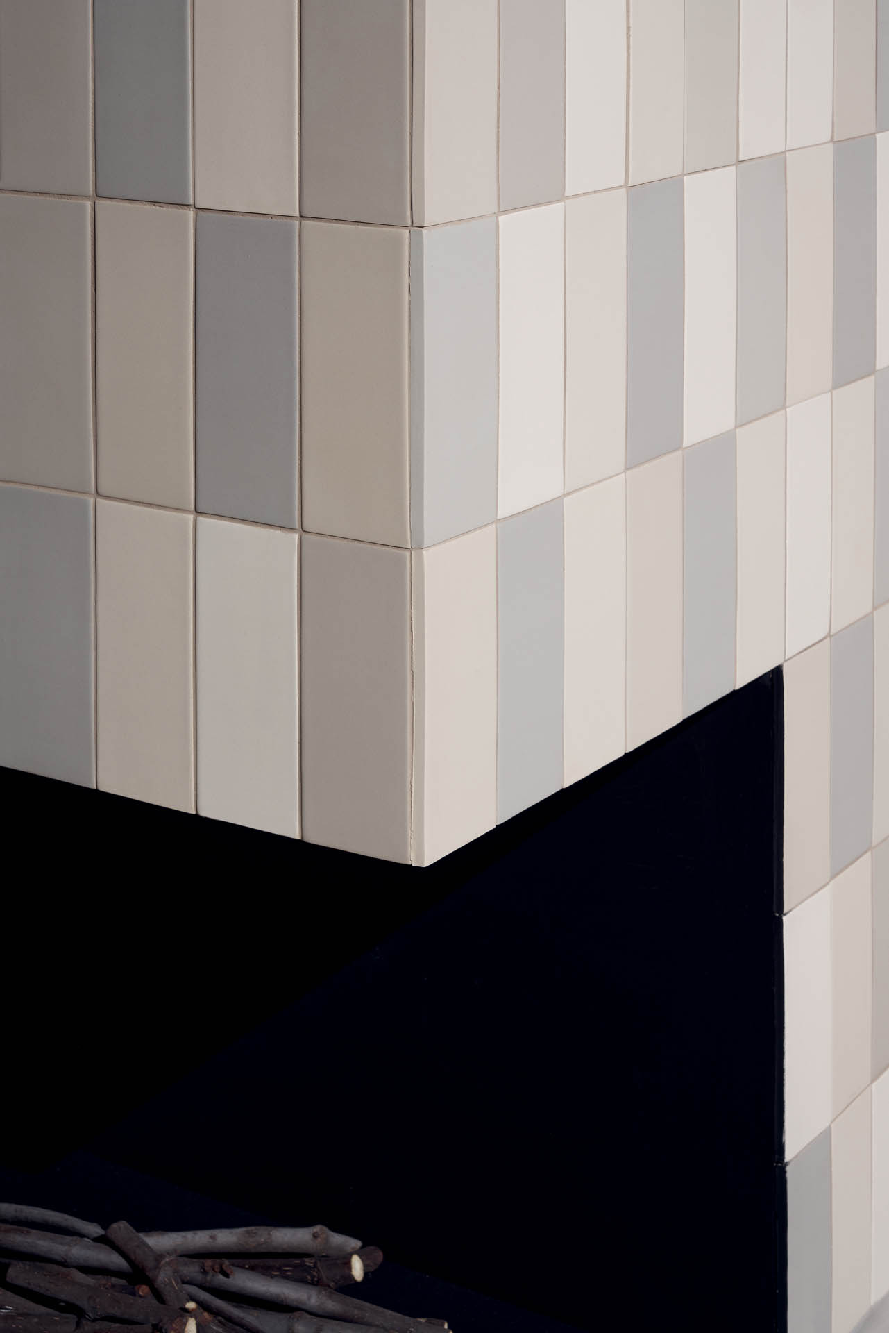 """Wall Brick Matte Grigio 6,5x15,5 3""""x6"""" - Floor Cosmo Grigio 80x80 32""""x32"""""""